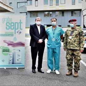 Fertőtlenítő adomány a győri kórháznak